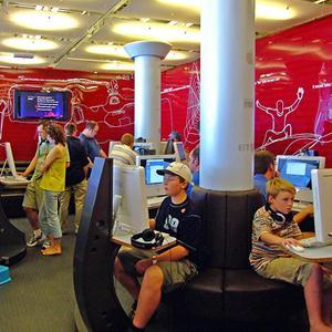 Интернет-кафе Моргаушей